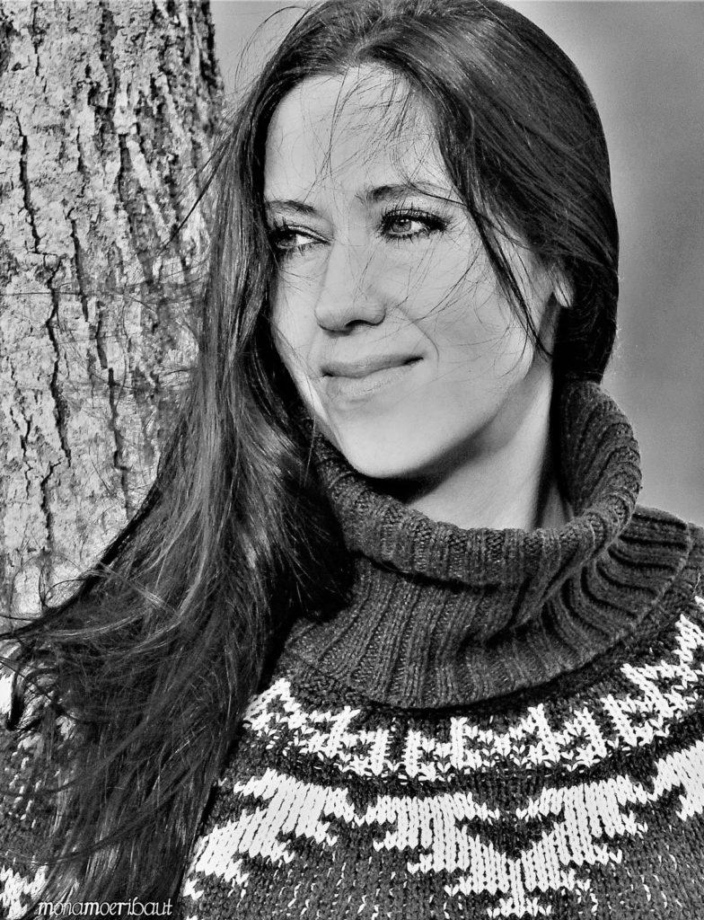 Dame portrett svart hvit